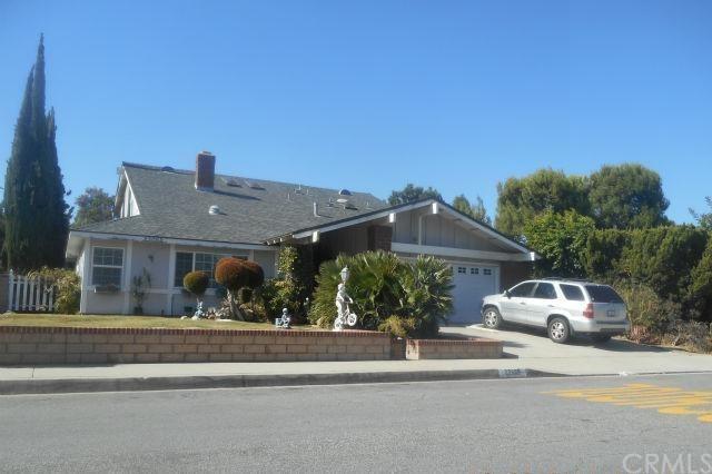 23062 Aspen Knoll Drive, Diamond Bar, CA 91765 (#CV17236015) :: RE/MAX Masters