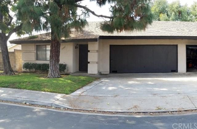 13481 Lynwood Place #1, Garden Grove, CA 92843 (#OC17236044) :: RE/MAX New Dimension
