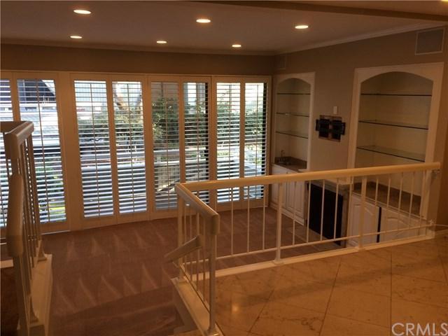 109 Columbia Street #251, Newport Beach, CA 92663 (#OC17235165) :: RE/MAX New Dimension