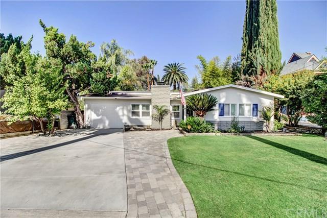 1106 Cedar Avenue, Redlands, CA 92373 (#IG17236042) :: RE/MAX Estate Properties