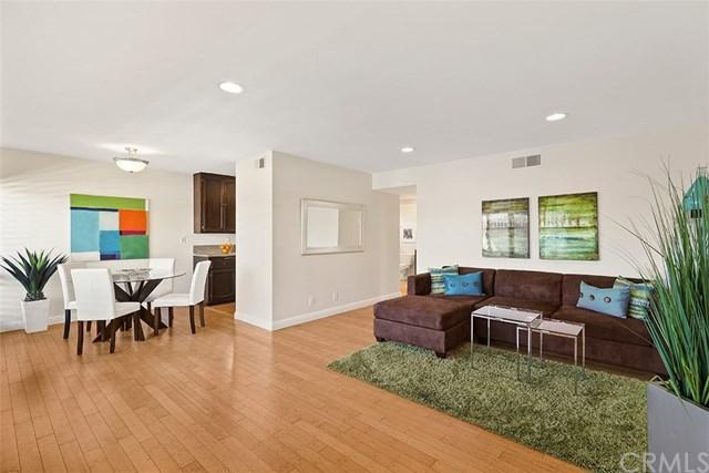 1720 Westcliff Drive #10, Newport Beach, CA 92660 (#PW17235185) :: RE/MAX New Dimension