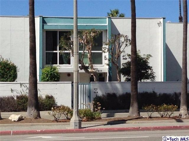 689 The Village, Redondo Beach, CA 90277 (#317006913) :: Keller Williams Realty, LA Harbor