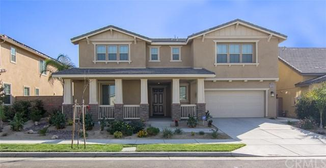 11869 Flicker Cove, Corona, CA 92883 (#SW17236248) :: The Val Ives Team