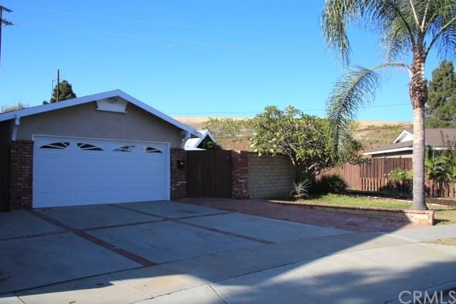 1178 Charleston Street, Costa Mesa, CA 92626 (#OC17236099) :: Fred Sed Realty