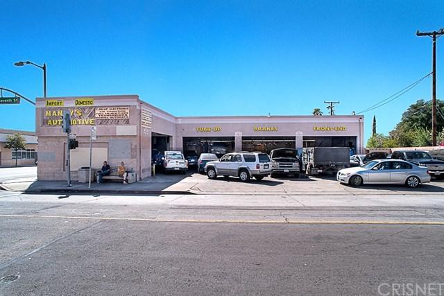 975 N Maclay Avenue, San Fernando, CA 91340 (#SR17236528) :: Fred Sed Realty