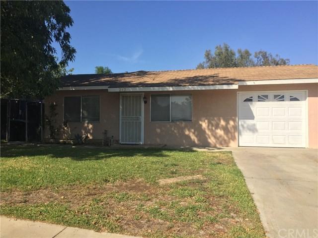 313 N Poe Street, Lake Elsinore, CA 92530 (#CV17236693) :: Dan Marconi's Real Estate Group