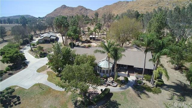 35525 Pony Trail Road, Hemet, CA 92545 (#TR17232067) :: RE/MAX Estate Properties