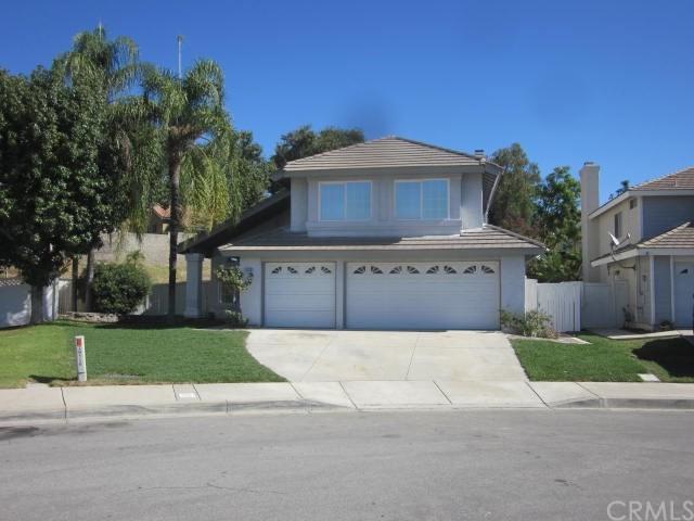 29156 Lake Ridge Lane, Highland, CA 92346 (#SW17227672) :: RE/MAX Estate Properties