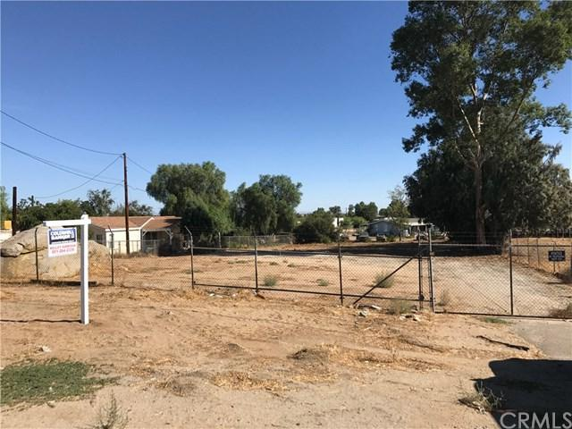 24300 State Highway 74, Perris, CA 92570 (#IV17237138) :: RE/MAX Estate Properties