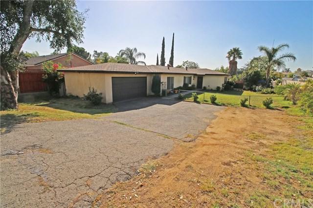7606 Church Avenue, Highland, CA 92346 (#EV17237160) :: RE/MAX Estate Properties