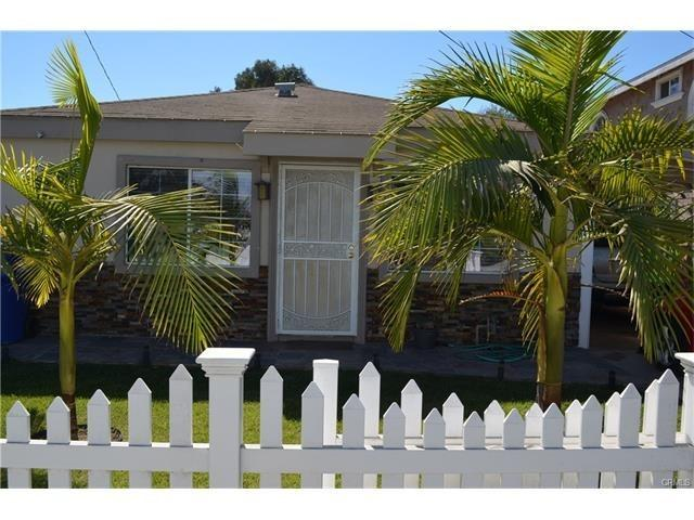 1202 W 223rd Street, Torrance, CA 90502 (#SB17237283) :: RE/MAX Estate Properties