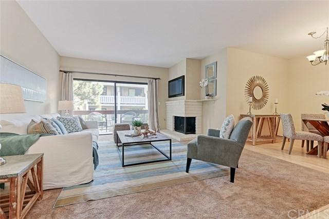 8180 Manitoba Street #230, Playa Del Rey, CA 90293 (#SB17222926) :: Erik Berry & Associates