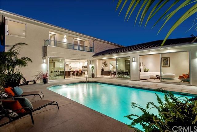 2020 E Balboa Boulevard, Newport Beach, CA 92661 (#NP17237170) :: RE/MAX New Dimension
