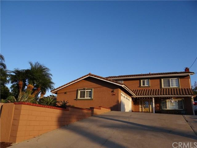 10136 Wells Avenue, Riverside, CA 92503 (#SW17236647) :: RE/MAX Estate Properties