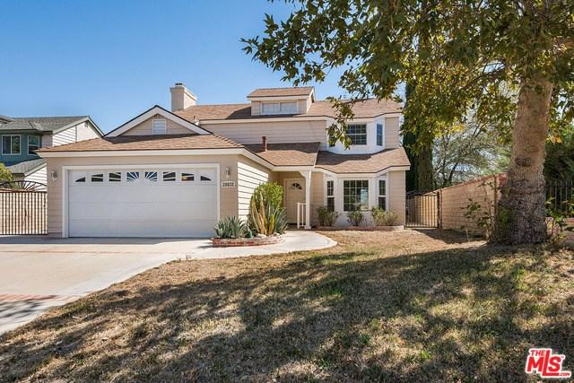28832 Shadyview Drive, Canyon Country, CA 91387 (#17281056) :: The Val Ives Team
