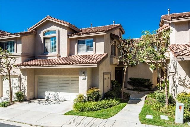 7763 E Viewrim Drive, Anaheim Hills, CA 92808 (#PW17237730) :: The Darryl and JJ Jones Team