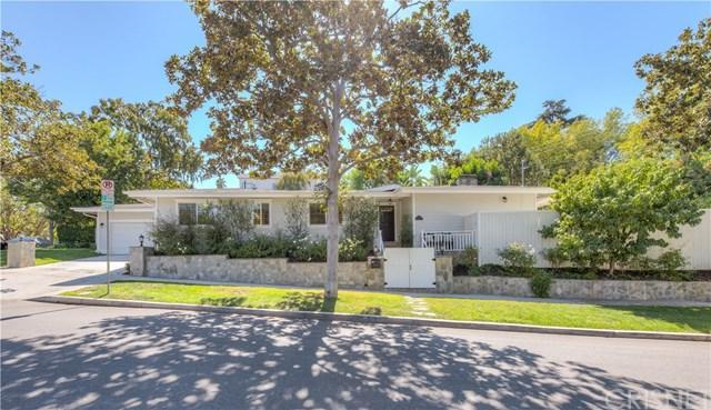 14090 Greenleaf Street, Sherman Oaks, CA 91423 (#SR17227867) :: The Darryl and JJ Jones Team