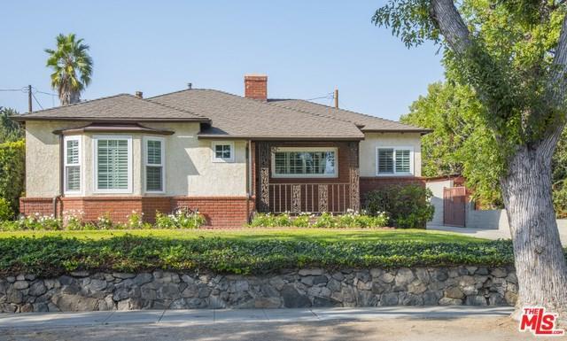 1707 W Clark Avenue, Burbank, CA 91506 (#17281174) :: The Brad Korb Real Estate Group
