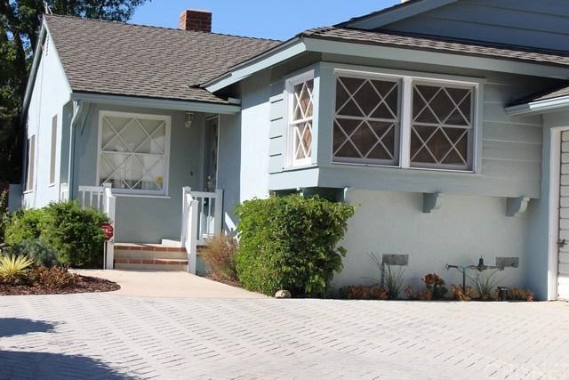 13801 Astoria Street, Sylmar, CA 91342 (#SR17238276) :: Fred Sed Realty