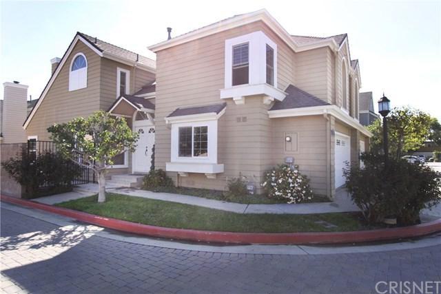 7320 Bonnie Place, Reseda, CA 91335 (#SR17238406) :: Scott J. Miller Team/RE/MAX Fine Homes