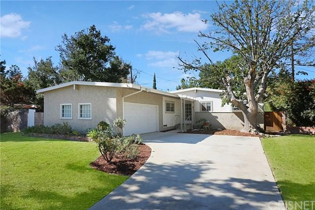 16534 Superior Street, Northridge, CA 91343 (#SR17228664) :: Fred Sed Realty