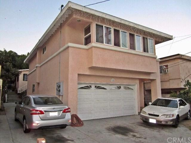 220 W Santa Cruz Street, San Pedro, CA 90731 (#MB17238487) :: Kato Group