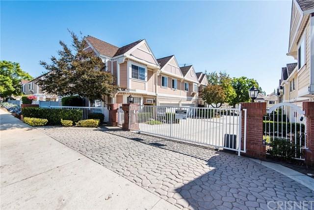 13750 Hubbard Street #55, Sylmar, CA 91342 (#SR17237971) :: Fred Sed Realty