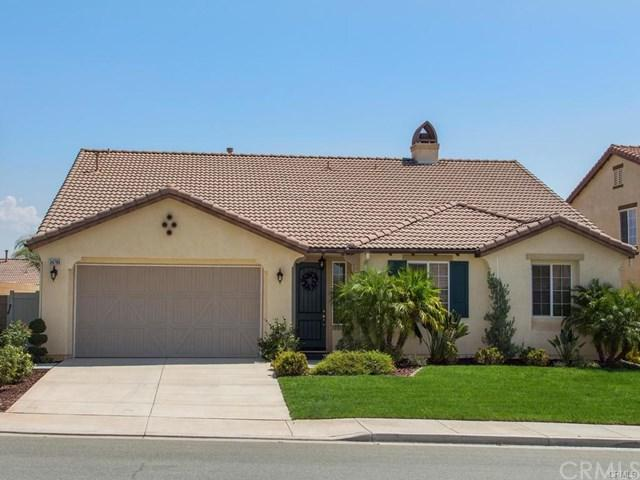 34786 Heritage Oaks, Winchester, CA 92596 (#SW17238616) :: Allison James Estates and Homes