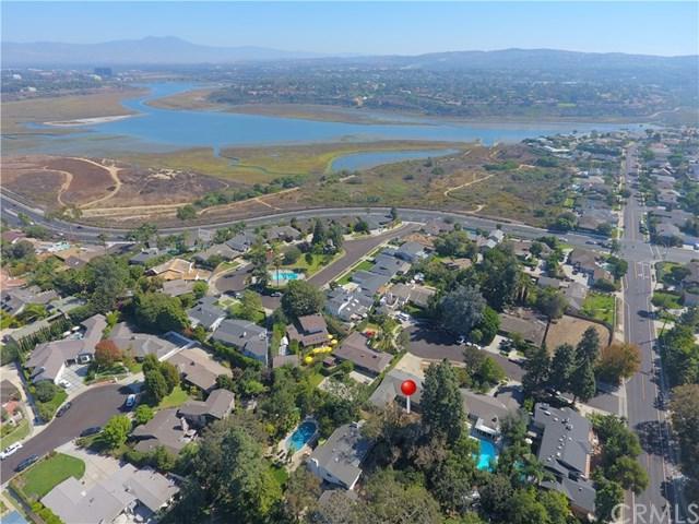 2017 Centella Place, Newport Beach, CA 92660 (#OC17238971) :: Teles Properties | A Douglas Elliman Real Estate Company