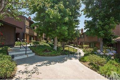 14456 Foothill Boulevard #12, Sylmar, CA 91342 (#BB17239151) :: Fred Sed Realty