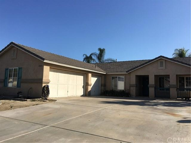 23155 Twinflower Avenue, Wildomar, CA 92595 (#SW17239251) :: Kristi Roberts Group, Inc.
