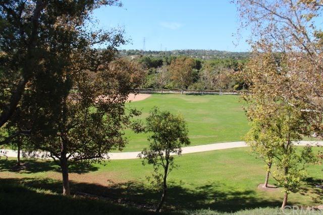 25541 Indian Hill Lane P, Laguna Hills, CA 92653 (#OC17238831) :: Teles Properties | A Douglas Elliman Real Estate Company