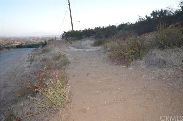 0 Black Mountain, Temecula, CA 37327 (#SW17238865) :: Allison James Estates and Homes