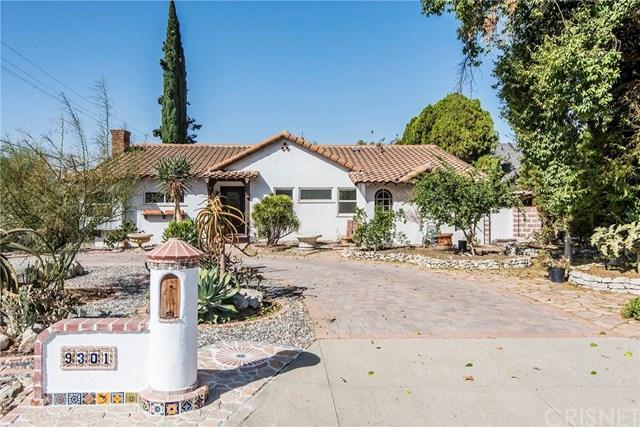 9301 Bianca Avenue, Northridge, CA 91325 (#SR17238955) :: Fred Sed Realty