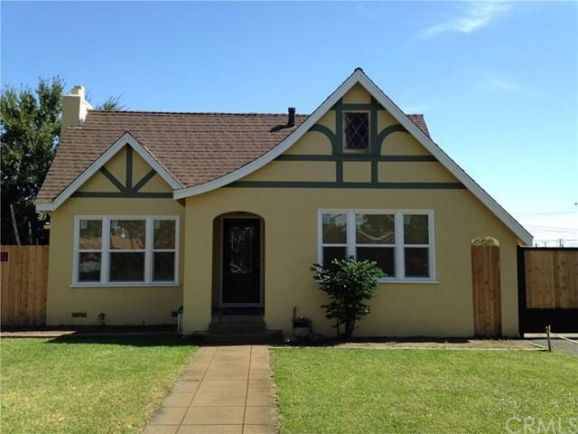 135 N Date Avenue, Rialto, CA 92376 (#CV17239524) :: Mainstreet Realtors®