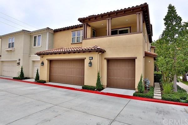 8430 Hibiscus Circle, Huntington Beach, CA 92646 (#CV17239526) :: Teles Properties | A Douglas Elliman Real Estate Company