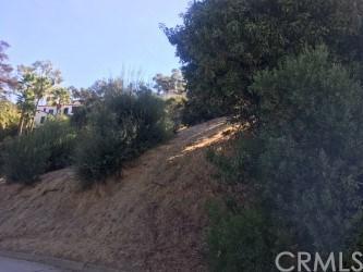 6770 Hillside Lane, Whittier, CA 90602 (#RS17239626) :: Carrington Real Estate Services