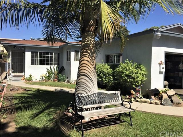 4863 W 118th Place, Hawthorne, CA 90250 (#IN17235621) :: Erik Berry & Associates