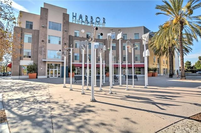 435 W Center Street Promenade #313, Anaheim, CA 92805 (#PW17239591) :: Ardent Real Estate Group, Inc.