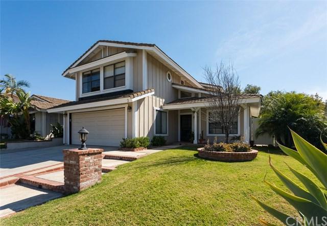 2 Calle Vaqueta, Rancho Santa Margarita, CA 92688 (#OC17239763) :: DiGonzini Real Estate Group