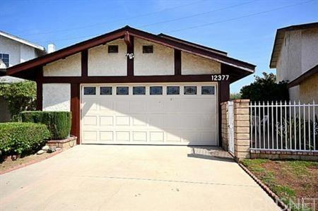 12377 Covello Street, North Hollywood, CA 91605 (#SR17239789) :: Prime Partners Realty