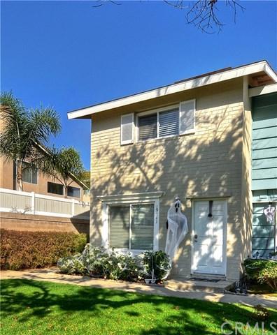19741 Claremont Lane, Huntington Beach, CA 92646 (#PW17239765) :: DiGonzini Real Estate Group