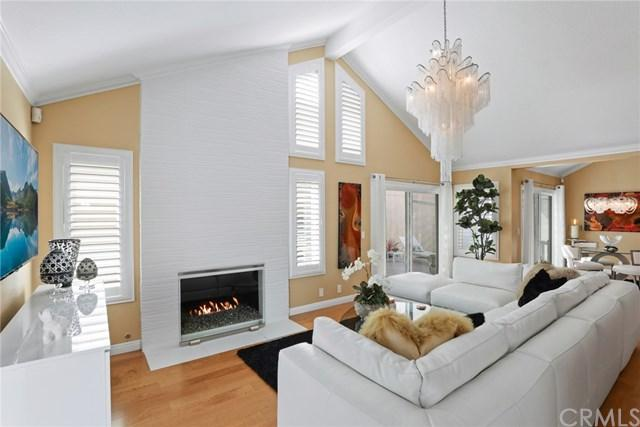 41 Egret Court, Newport Beach, CA 92660 (#NP17237374) :: DiGonzini Real Estate Group