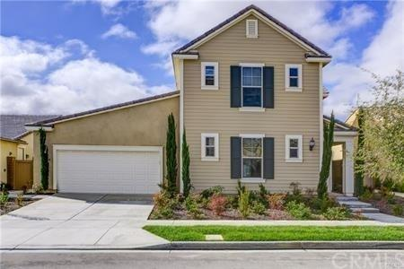 164 Pavilion, Irvine, CA 92618 (#TR17240003) :: Fred Sed Realty