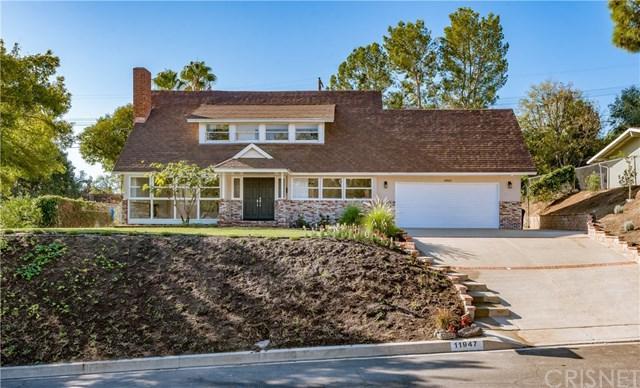 11947 Salem Drive, Granada Hills, CA 91344 (#SR17240098) :: Fred Sed Realty
