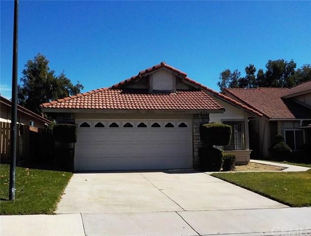 671 N Driftwood Avenue, Rialto, CA 92376 (#IG17239920) :: Mainstreet Realtors®