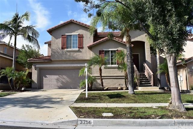 3256 Mountain Pass Drive, Corona, CA 92882 (#IG17240115) :: Carrington Real Estate Services
