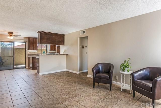1549 W 146th Street #4, Gardena, CA 90247 (#RS17240041) :: Millman Team