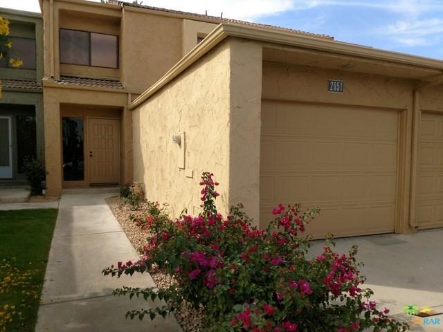 2051 S Ramitas Way, Palm Springs, CA 92264 (#17281960PS) :: Carrington Real Estate Services