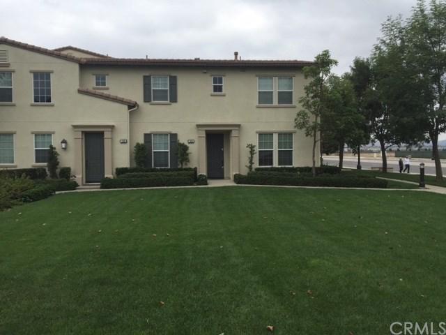 1506 Valencia Avenue, Tustin, CA 92782 (#PW17239901) :: Berkshire Hathaway Home Services California Properties